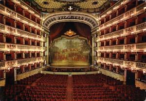 teatro-san-carlo-interno1