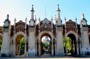 Portico de Cementerio la Almudena, Madrid